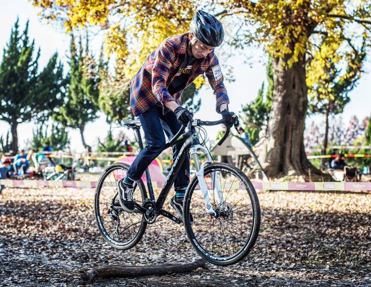 秋ヶ瀬の森バイクロア7でバニーホップ&ジャンプ講習会