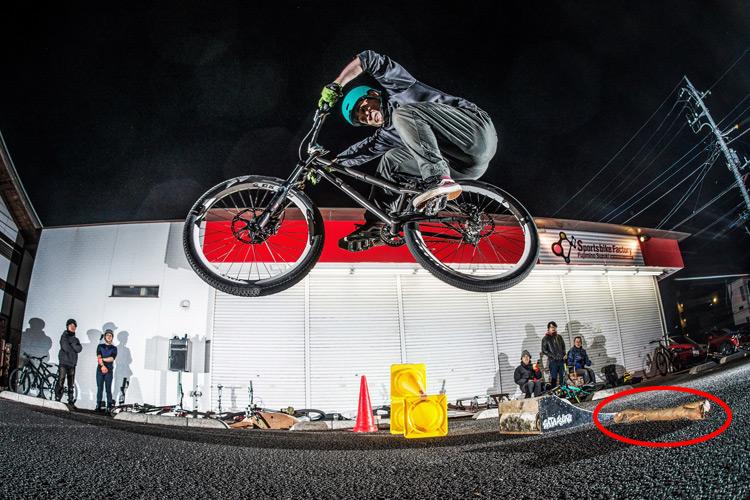 スポーツバイクファクトリーふじみ野スズキ 毎週金曜夜に開催 サタジュク 佐多さんファイアークラッカー