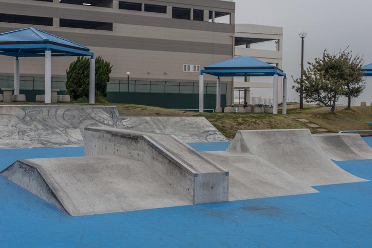 リニューアルした横須賀うみかぜ公園スケートパーク