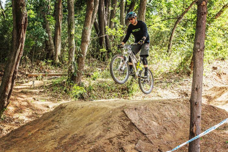 スマイルバイクパーク ジャンプ