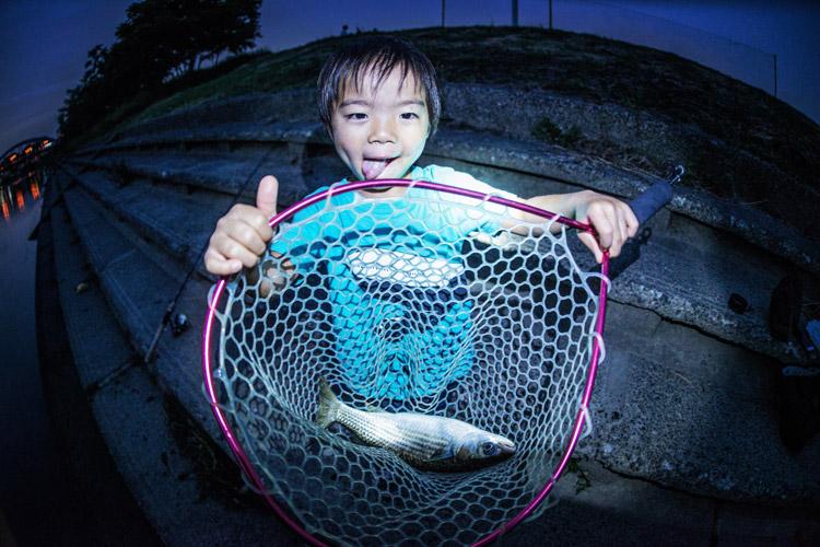 多摩川 BIKE&FISH 釣れたボラ40cm