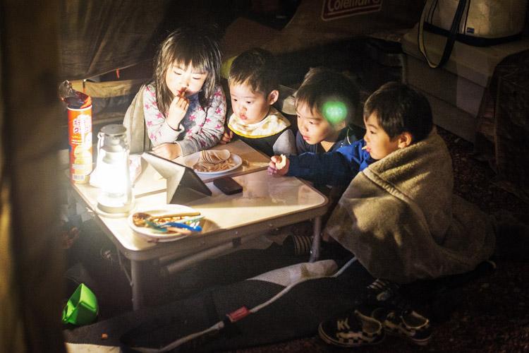 奥さんの同僚家族たちと長瀞オートキャンプ