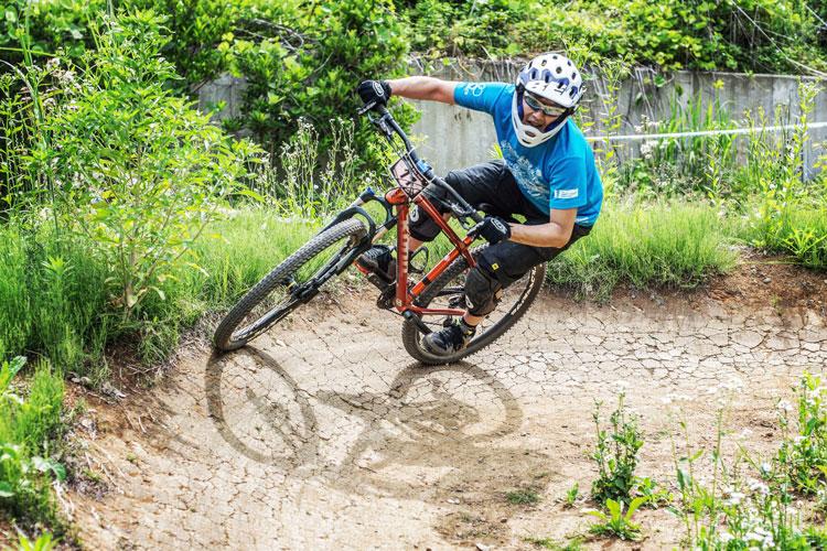 スマイルバイクパーク SBP スラロームコース 男性