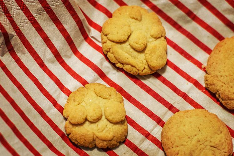 叶大が作ったアンパンマンクッキー