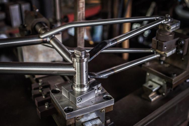 岡安製作所 新しい冶具 ジグ 導入