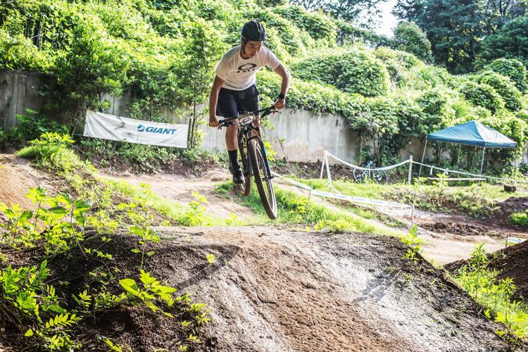 スマイルバイクパーク DHレーサー九島勇気選手