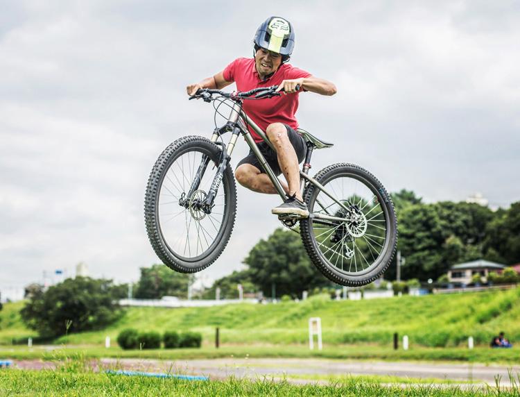 croMOZU275 5th 多摩川河原サイクリングコース 斜め刺しバニーホップ