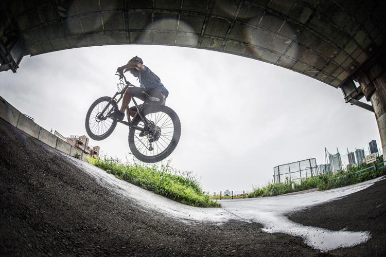 croMOZU275 5th 多摩川河原サイクリングコース バンクバニーホップフェイキー