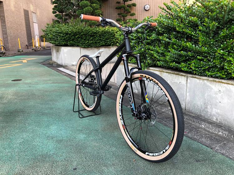早稲田 エスビット S-bit 組まれた akaMOZUバイク