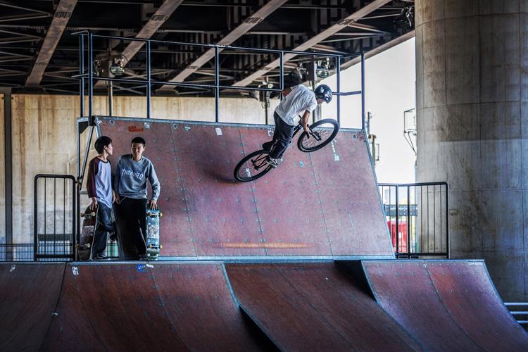 新横浜スケートパーク YAMATO Rtoウォール