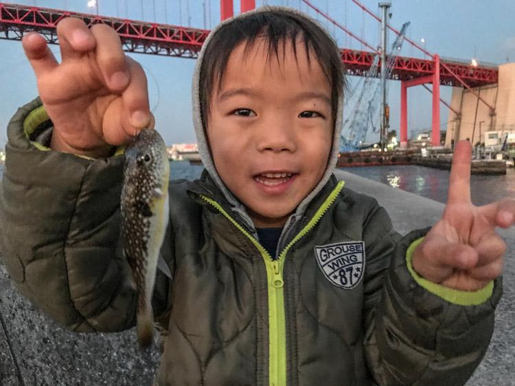 福岡 北九州 戸畑の漁港 叶大 ふぐ釣り