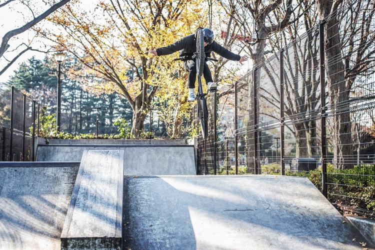 世田谷公園スケートパーク YAMATO akaMOZU バニーホップタックノーハンド