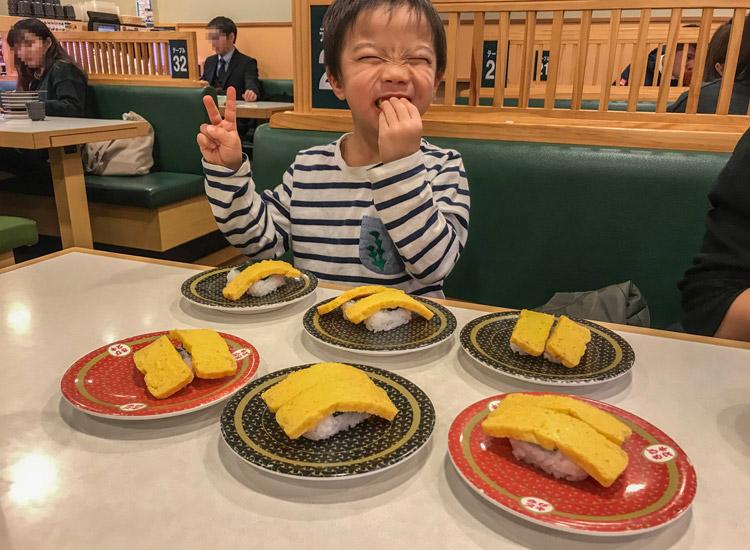 回転寿司で玉子しか食べない叶大