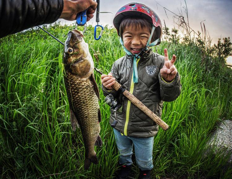 夕活BIKE&FISHで釣れたニゴイ 叶大