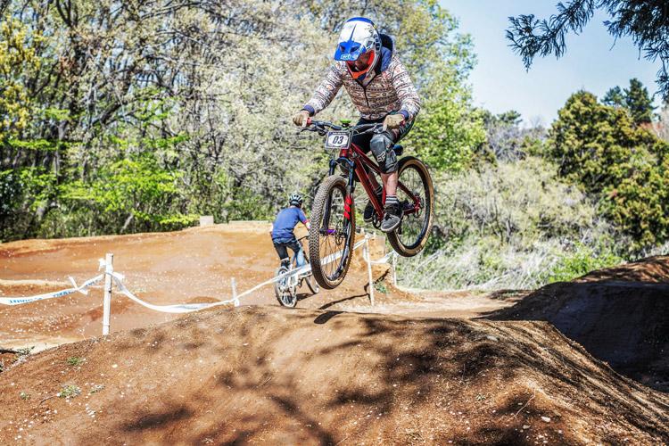 スマイルバイクパーク 4連ジャンプ