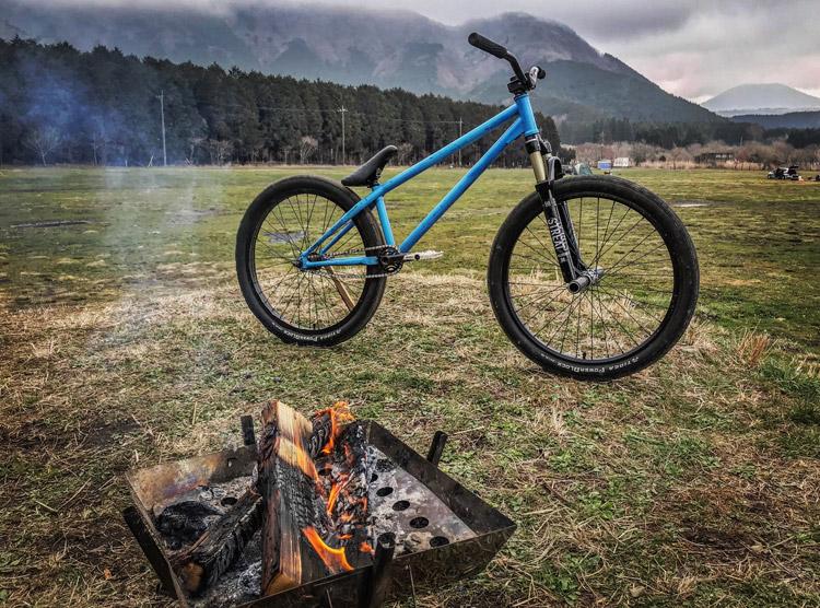 麓キャンプ場(ふもとっぱら)でオートキャンプ 富士山背景 焚き火 SHAKA24