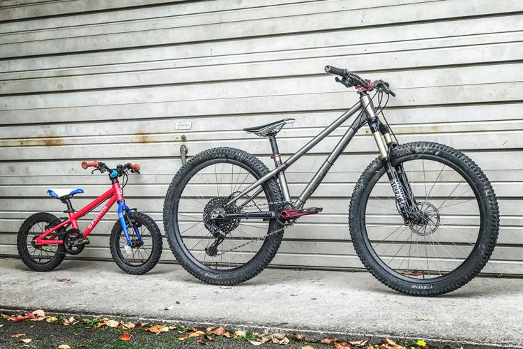 croMOZU275とヨツバサイクル YOTSUBA14