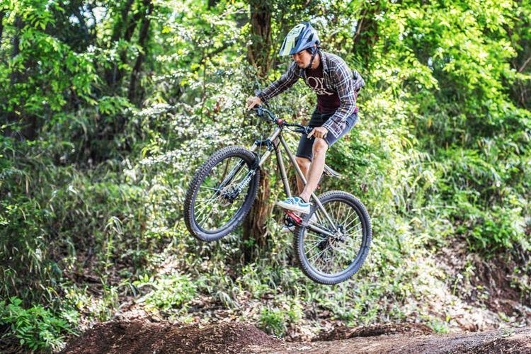 スマイルバイクパーク croMOZU275 ジャンプ