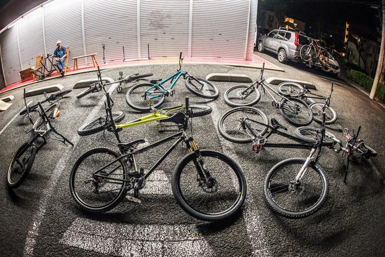 スポーツバイクファクトリーふじみ野スズキ 毎週金曜夜に開催 サタジュク ストリートMTB勢揃い