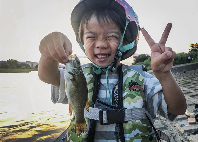 多摩川 スモールマウスバスを釣った叶大