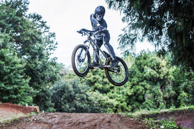 スマイルバイクパーク ハロウィンイベント 4連ジャンプ