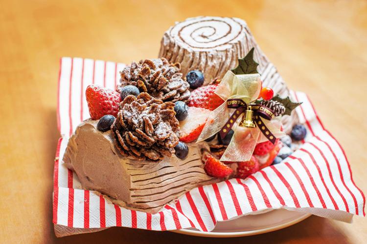 クリスマス 奥さんの手作りケーキ ブッシュドノエル
