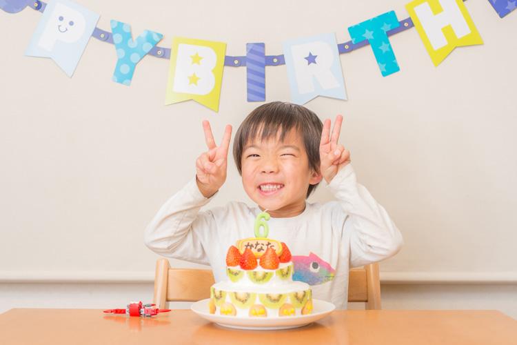 叶大の6歳の誕生日 バースデーケーキ