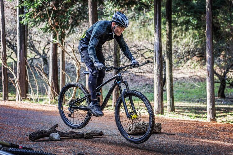 小田原フォレストバイク ジャンプ バニーホップ基礎講習