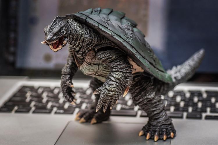 S.H.MonsterArts ガメラ3 塗装済み可動フィギュア