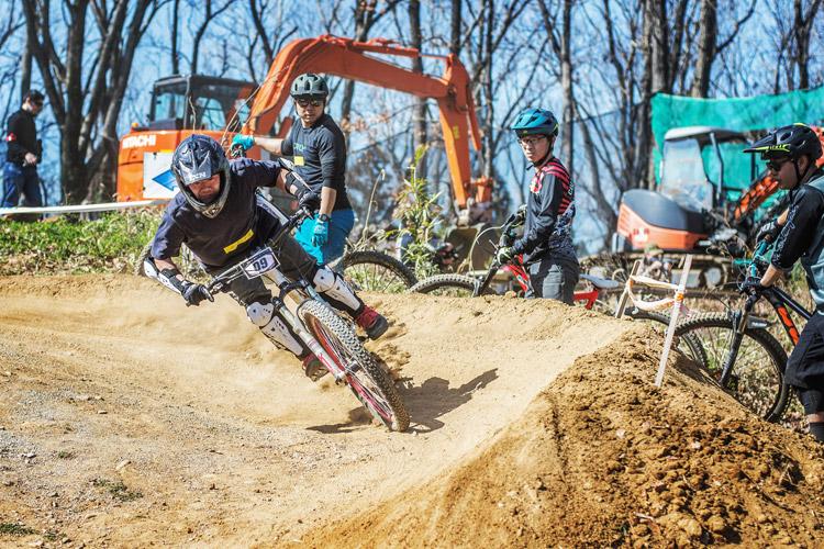 スマイルバイクパーク SBP カッティースクール2 スラロームコース カッティー