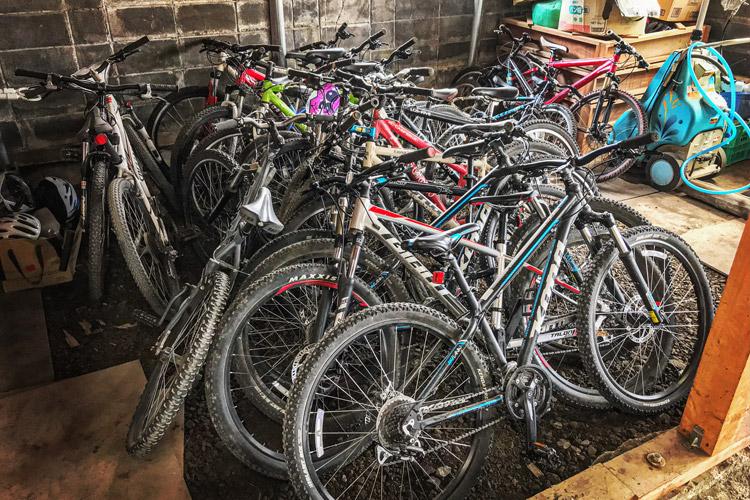 麓キャンプ場 ふもとっぱらキャンプ場 マウンテンバイクコース オートキャンプ croMOZU275 ヨツバサイクル レンタルサイクル