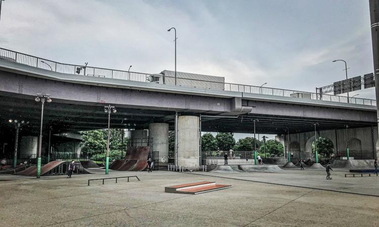リニューアルした新横浜スケートパーク