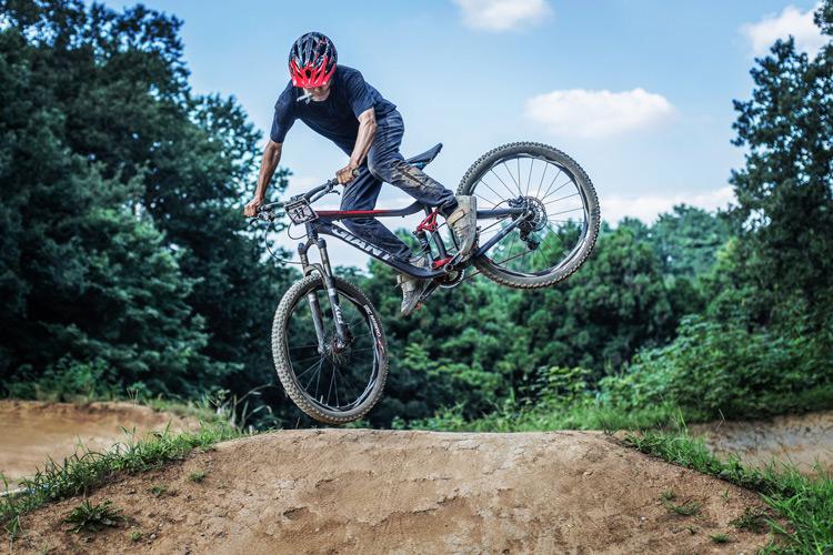 スマイルバイクパーク 4連ジャンプ モトウィップ
