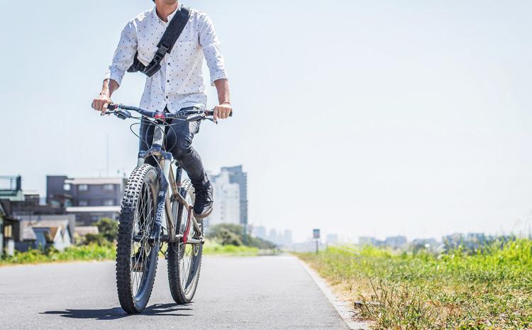 多摩川河原 サイクリングロード croMOZU275