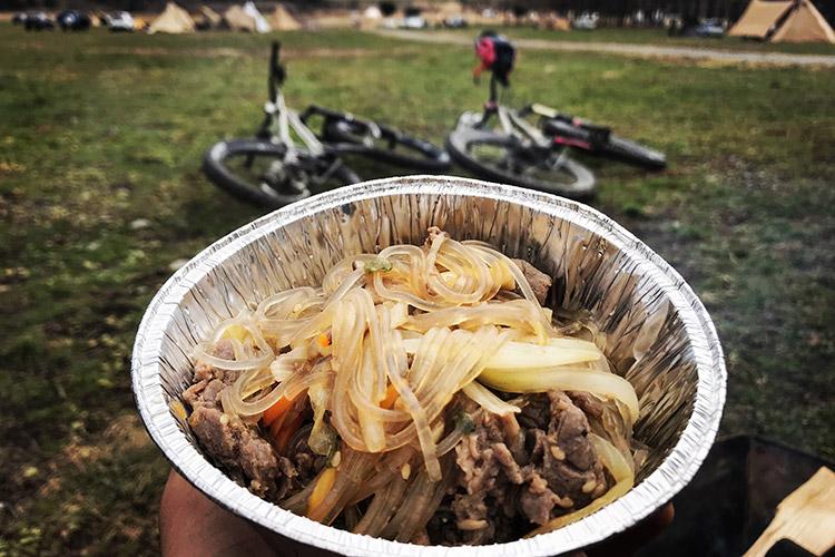 麓キャンプ場 ふもとっぱらキャンプ場 マウンテンバイクコース オートキャンプ BBQ 焼き肉