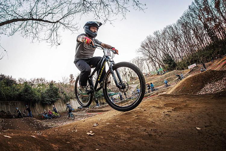 スマイルバイクパーク SBP 4連ジャンプ yo86さん