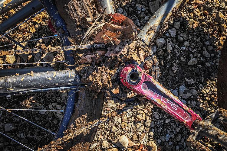 スマイルバイクパーク SBP croMOZU275 泥だらけ