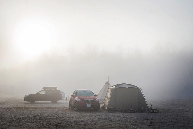 山中湖 レイクロッジヤマナカキャンプ場 MAZDA CX-5