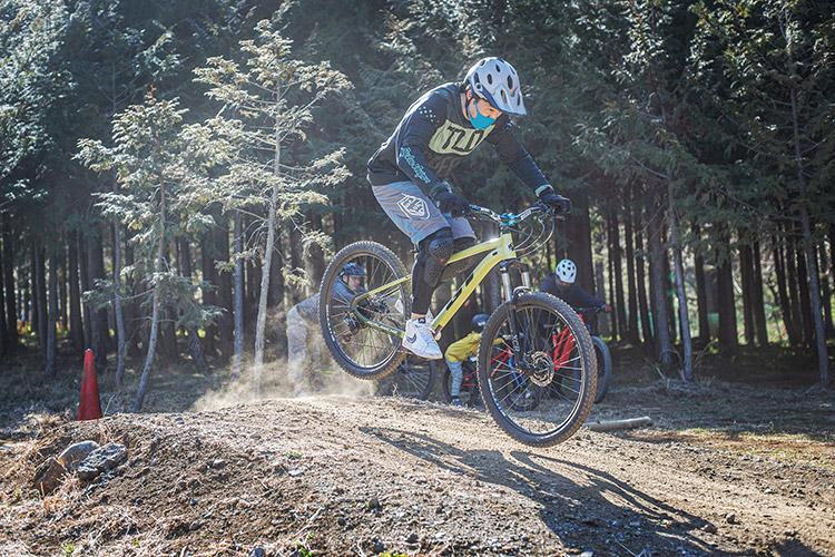 小田原フォレストバイク ジャンプ基礎講習