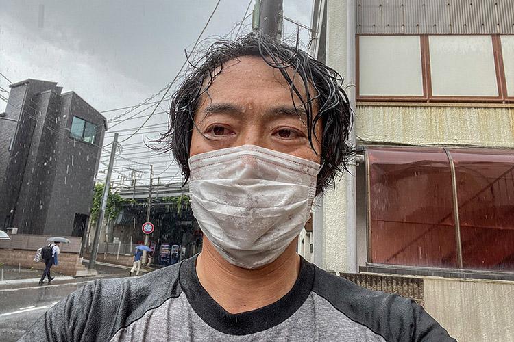 ゲリラ豪雨 通り雨 ずぶ濡れ