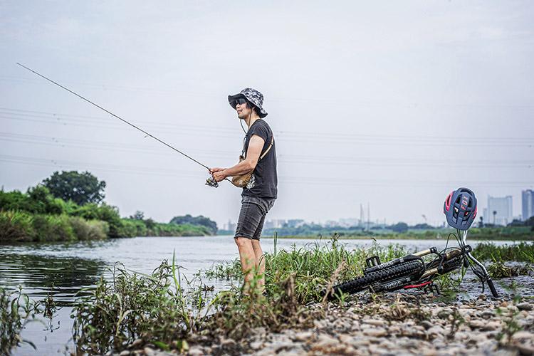 多摩川河原 BIKE&FISH croMOZU275 オイカワ釣り